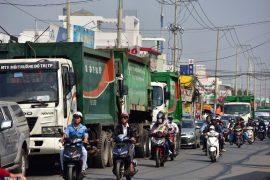TPHCM: Doanh nghiệp vận chuyển chất thải gặp nhiều khó khăn