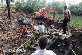 Công ty TNHH Shing Mark Vina đổ và chôn lấp hơn 13 tấn chất thải công nghiệp ra môi trường